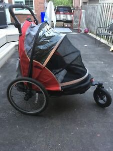 Double bike trailer / Stoller