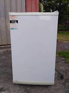 80L freezer under good condition Newcomb Geelong City Preview