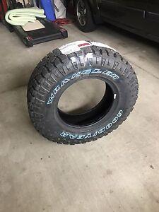 Duratrac wrangler tire