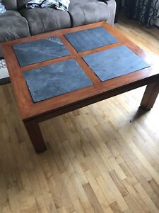 Solid wood coffee table, EXCELLENT CONDITION!