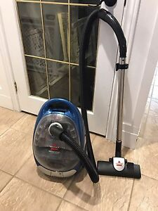 Bissell Opticlean Bagless Canister Vaccuum