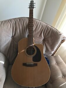 Seagul 6 string electric acoustic guitar