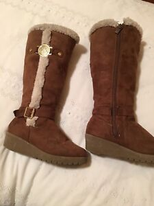 Brown MICHAEL KORS SUEDE BOOTS