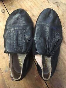 Black jazz shoes size 4 1/2 Ashmore Gold Coast City Preview
