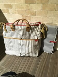 Skip Hop duo (special edition) diaper bag in French Stripe