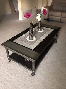Two piece coffee table set, beautiful wood