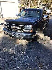 1999-2007 GMC/CHEVROLET PARTS TRUCKS