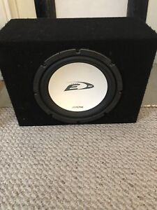 Alpine 12 inch Sub woofer E type in Mint Condition