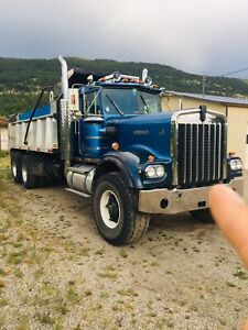 Kenworth W900 | Find Heavy Equipment Near Me in British