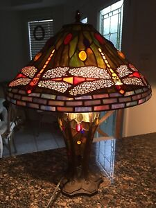 Tiffany Style Mosaic Dragon Fly Lamp