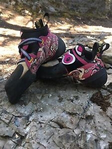 La Sportiva Women's Solution Climbing shoes
