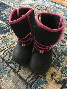 Toddler girls boots size 6