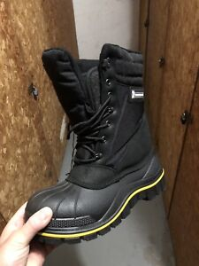 Brand new MICHELIN cold weather safety  boots , SIZE 11