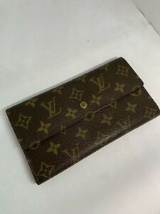 AUTHENTIC LOUIS VUITTON SARAH LONG MONOGRAM WALLET PAID $800!