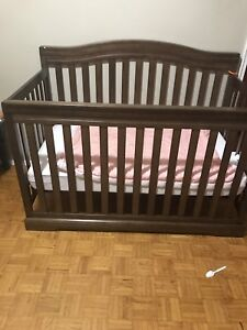 Crib in a very good condition