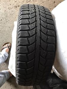 195 65R15 91S uniroyal tiger paw snow tires