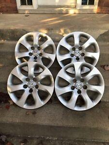 4 Enjoliveurs/Caps de roues Mazda 3, 16 Pouces, Excellent État