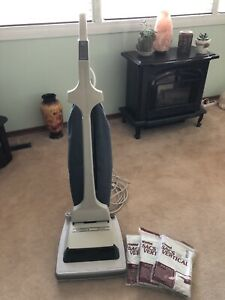 Kenmore Wide Sweep Vacuum Cleaner