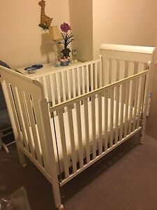 Baby bedroom set - meubles de chambre de Bebe