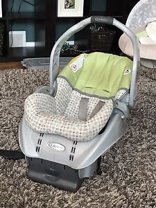 Graco Snugride Car Seat with extra base!