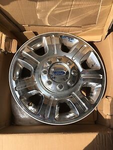 Like new Ford F-350  rims