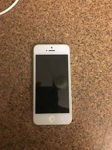 iPhone 5 16 GB (Koodo)