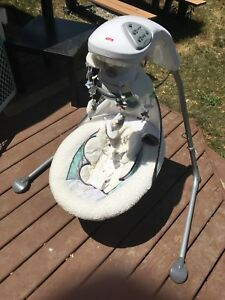Fisher Price My Little Lamb platinum baby swing