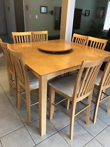 Kitchen Bar Table and 8 Chairs