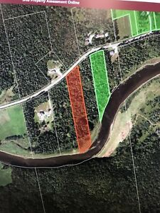 Land for sale 4 acres on Hammond River waterfront