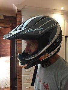 Trail bike helmet Tenambit Maitland Area Preview