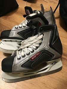 Easton Skates Size 5