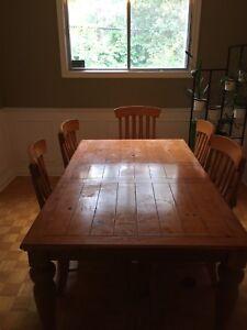 Table et six chaises à donner