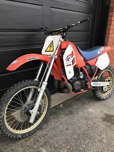Honda CR500!  Amazing Deal! Must See