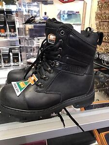 Sorel Safety Boots SIZE 8 brand new!!