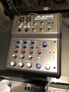 Alesis Multimix 4 USB FX - LIKE NEW!!!