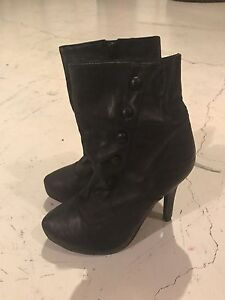 Woman size 5 heels and sandals