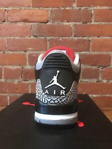 Air Jordan 3 Retro Black/Cement size 9