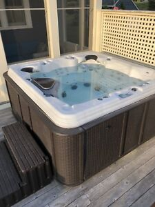 Hot tub for sale ***SOLD*** No longer available