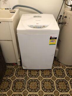 Simpson 4kg washing machine
