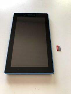 Lenovo tab3 7 essential with 8gb micro SD card