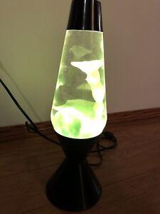 Lava lamp- like green
