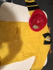 Size 7 fireman costume in excellent condition
