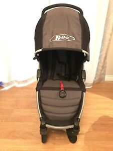 BOB Motion Stroller (optional Britax Accessories)