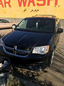 I have Dodge Caravan 2012 for sale I m asking $7500