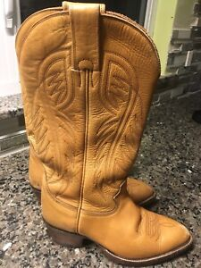 Tan genuine leather cow boy boots size 7