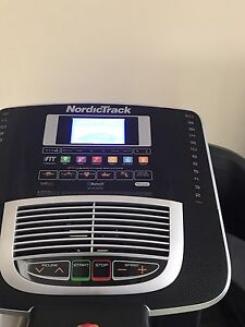 Nordic Treadmill 320 i Woodcroft Morphett Vale Area Preview