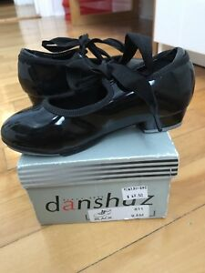 Tap shoes 9.5 girl