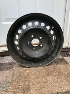 5 Bolt Pattern Ford Rims and Hubcaps