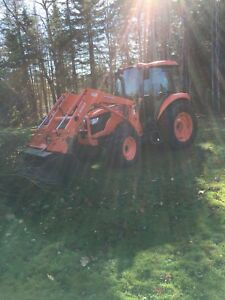2017 Kabota M7060 tractor for sale
