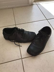 Boys dress shoes size 5.5